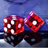 Kasinospillets historie – fra spillehaller til onlinespil