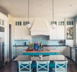 Tre gode råd: Få et næsten nyt køkken til billige penge